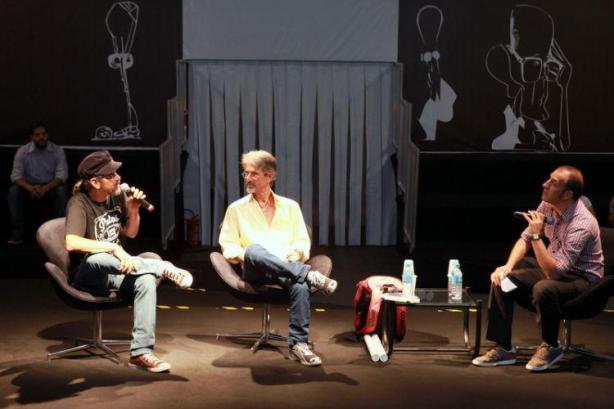 Sylvio Passos, Toninho Buda e Cadão Volpato durante bate-papo ocorrido ontem, no espaço Drummond, no 3º Salão do Livro de Guarulhos.
